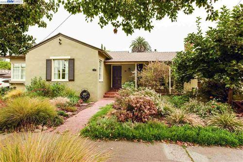 Photo of 940 Ramona Way, SAN LEANDRO, CA 94577 (MLS # 40920507)