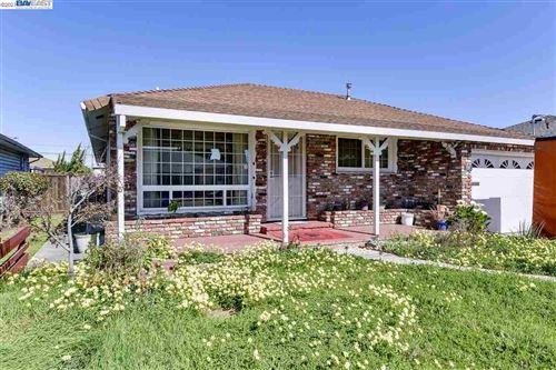 Photo of 1537 Sagewood Ave, SAN LEANDRO, CA 94579-1329 (MLS # 40939507)