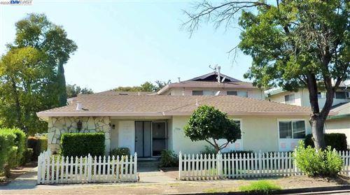 Photo of 1329 Lexington Dr, SAN JOSE, CA 95117 (MLS # 40915508)
