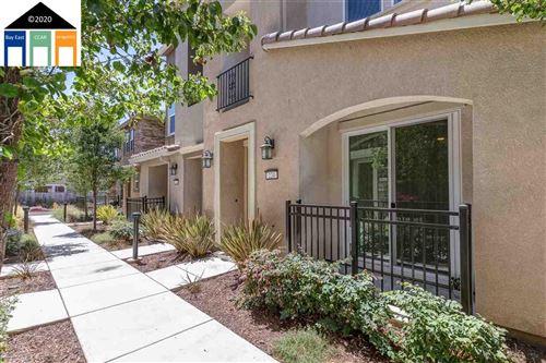 Photo of 224 Caterina Way, HAYWARD, CA 94545 (MLS # 40915511)