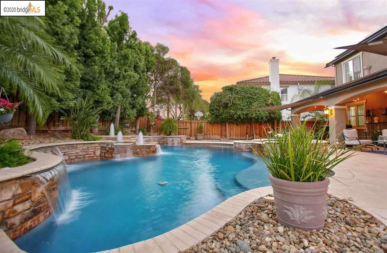 Photo of 1705 MEDITERRANEO PLACE, BRENTWOOD, CA 94513-9999 (MLS # 40915512)