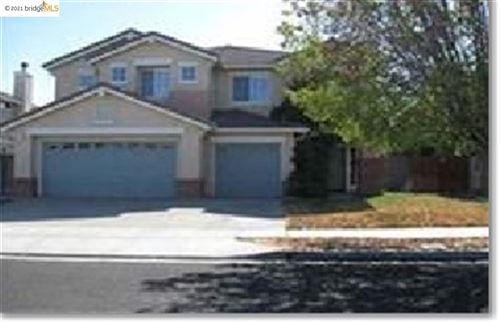 Photo of 606 WASSEN CT, BRENTWOOD, CA 94513-6705 (MLS # 40939513)