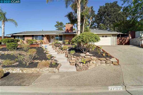 Photo of 3733 Northridge Dr., CONCORD, CA 94518 (MLS # 40959513)
