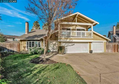 Photo of 1367 Golden Leaf Way, CONCORD, CA 94521 (MLS # 40934514)