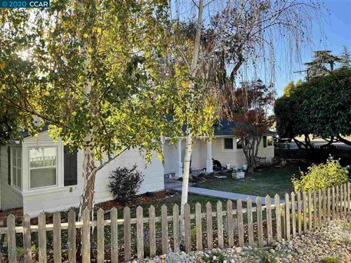 Photo of 4801 Harbord Drive, OAKLAND, CA 94618 (MLS # 40930515)