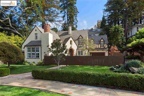 Photo of 288 Saint James Drive, PIEDMONT, CA 94611 (MLS # 40921516)