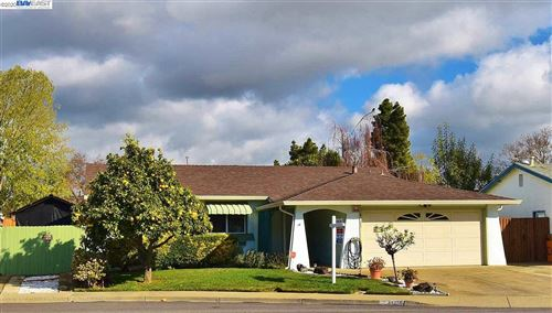 Photo of 34256 THORNHILL PL., FREMONT, CA 94555 (MLS # 40892517)