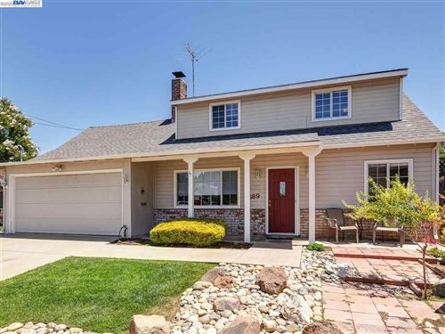 Photo of 1689 Alvarado Ct, LIVERMORE, CA 94551 (MLS # 40910517)