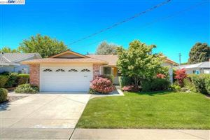 Photo of 677 Caliente Ave, LIVERMORE, CA 94550 (MLS # 40846518)