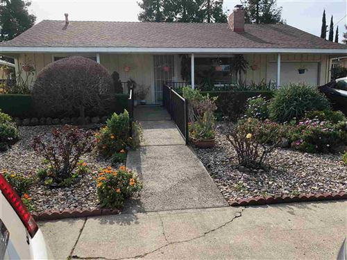 Photo of 17931 Via Arroyo, SAN LEANDRO, CA 94580 (MLS # 40896519)