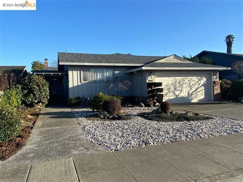 Photo of 616 Sandalwood Isle, ALAMEDA, CA 94501 (MLS # 40935521)