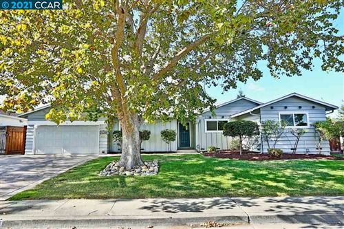 Photo of 4230 Westwood Ct, CONCORD, CA 94521 (MLS # 40934522)