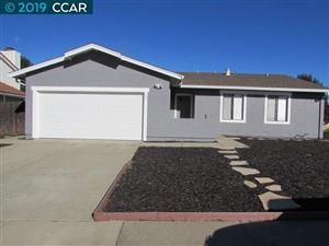 Photo of 204 Elderberry Ct, HERCULES, CA 94547 (MLS # 40851523)