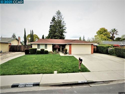 Photo of 9932 Broadmoor Dr, SAN RAMON, CA 94583 (MLS # 40934524)