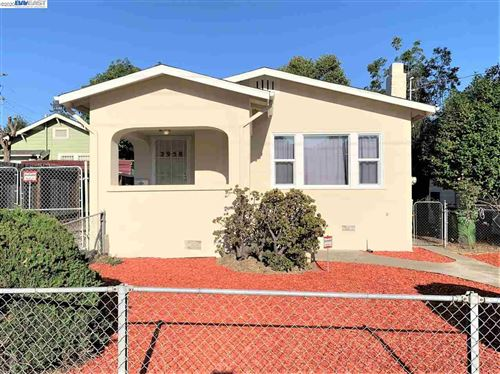 Photo of 2958 Fruitvale Ave, OAKLAND, CA 94602 (MLS # 40911525)
