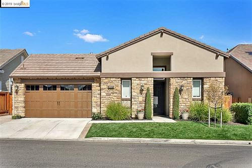 Photo of 1667 Gamay Ln, BRENTWOOD, CA 94513 (MLS # 40889526)