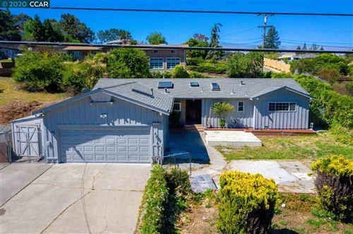 Photo of 5150 Valley View Rd, EL SOBRANTE, CA 94803 (MLS # 40906527)