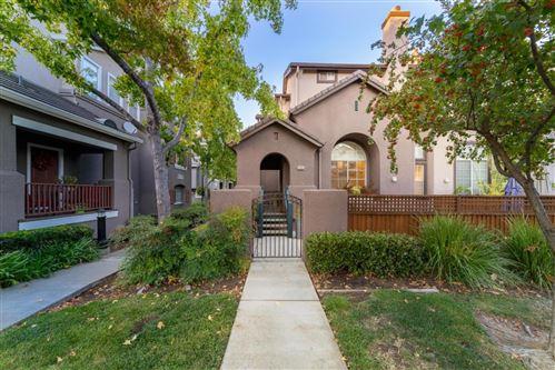 Photo of 936 Farrar Court, San Jose, CA 95125 (MLS # ML81866527)