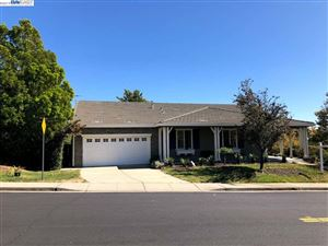 Photo of 3502 Valley View Ct, FAIRFIELD, CA 94534 (MLS # 40884528)