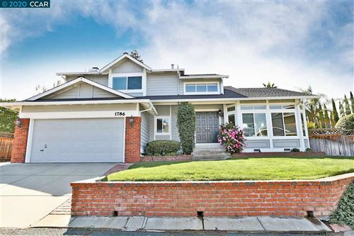 Photo of 1786 Meadow Pine Ct, CONCORD, CA 94521 (MLS # 40912532)