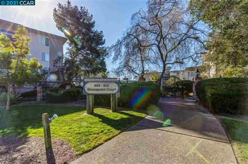 Photo of 960 Shorepoint Ct #205, ALAMEDA, CA 94501 (MLS # 40934532)