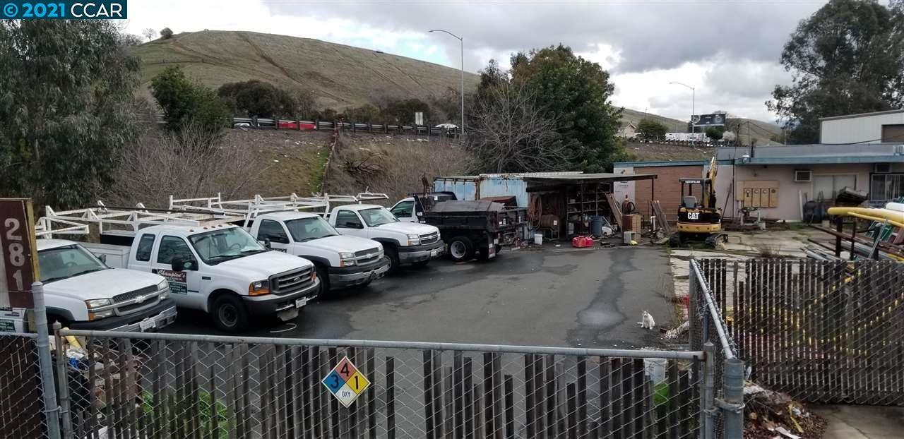 Photo of 281 Arthur Road, MARTINEZ, CA 94553-2207 (MLS # 40936533)
