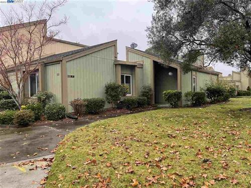 Photo of 3237 Santa Cruz Ln, ALAMEDA, CA 94502 (MLS # 40933534)
