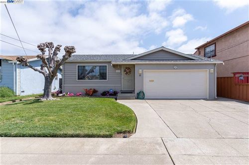 Photo of 15666 Cranbrook St, SAN LEANDRO, CA 94579 (MLS # 40945536)