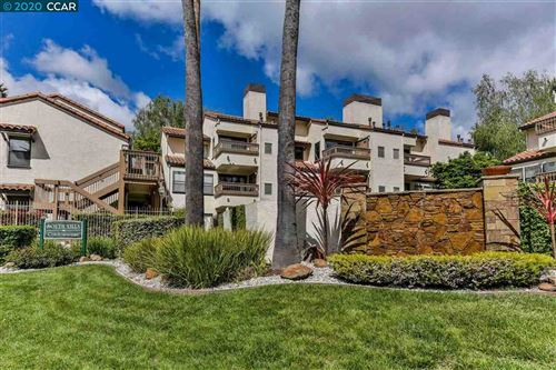 Photo of 1713 S Villa Way, WALNUT CREEK, CA 94595 (MLS # 40922537)