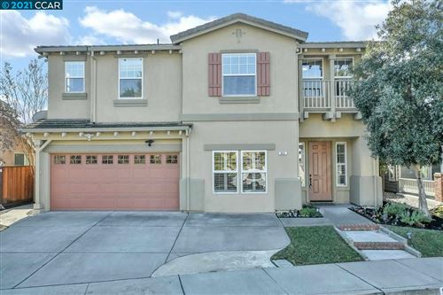 Photo of 933 Toulouse Way, MARTINEZ, CA 94553 (MLS # 40935538)