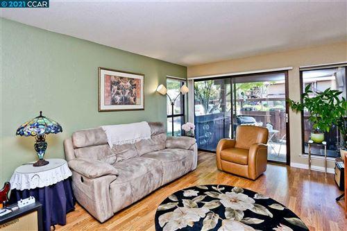 Photo of 2350 Pleasant Hill Rd #8, PLEASANT HILL, CA 94523 (MLS # 40944538)