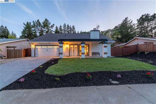 Photo of 1889 Morello Ave, PLEASANT HILL, CA 94523 (MLS # 40947540)