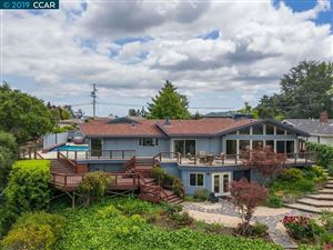Photo of 19 Donald Dr, ORINDA, CA 94563 (MLS # 40866542)