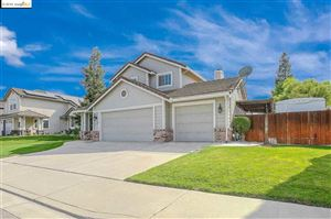 Photo of 1517 Thistle Court, OAKLEY, CA 94561 (MLS # 40885544)