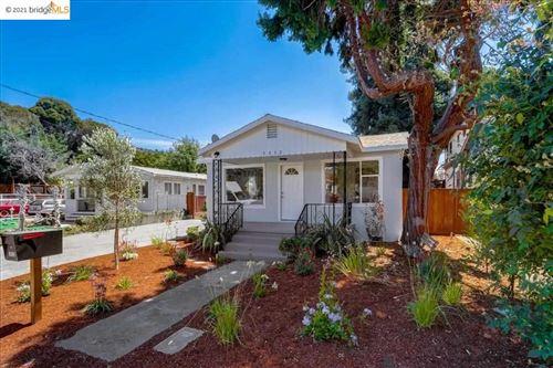 Photo of 3932 Edenvale Pl, OAKLAND, CA 94605 (MLS # 40961545)