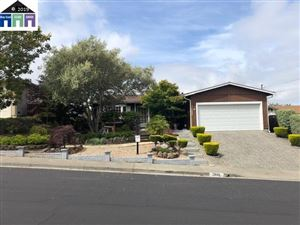 Photo of 2682 Alice Way, PINOLE, CA 94564 (MLS # 40866546)