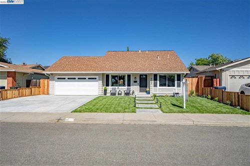 Photo of 973 Hanover St, LIVERMORE, CA 94551 (MLS # 40948546)
