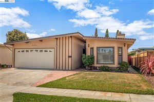 Photo of 1120 Rosewood Way, ALAMEDA, CA 94501 (MLS # 40876548)