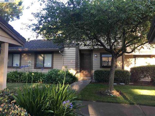 Photo of 6101 Joaquin Murieta Ave #B, NEWARK, CA 94560 (MLS # 40909548)