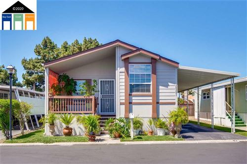 Photo of 28285 Bradshire #92, HAYWARD, CA 94545 (MLS # 40911548)