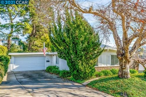Photo of 610 Pebble Dr, EL SOBRANTE, CA 94803 (MLS # 40934549)