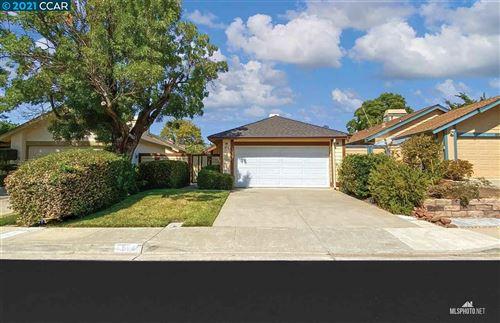 Photo of 894 Malibu Dr, CONCORD, CA 94518 (MLS # 40961551)
