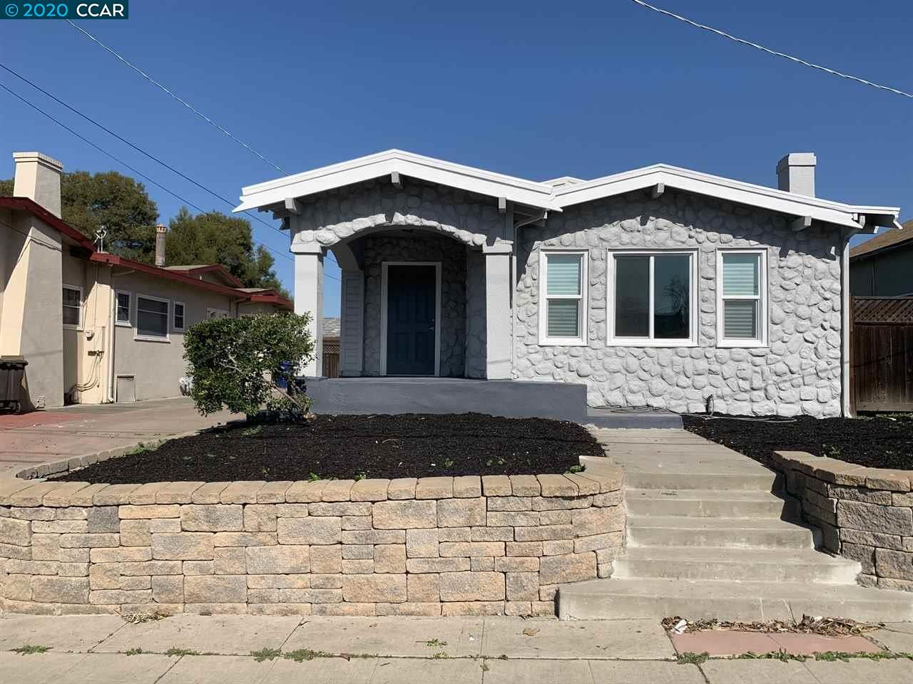 Photo for 553 E 12th st, PITTSBURG, CA 94565 (MLS # 40895551)