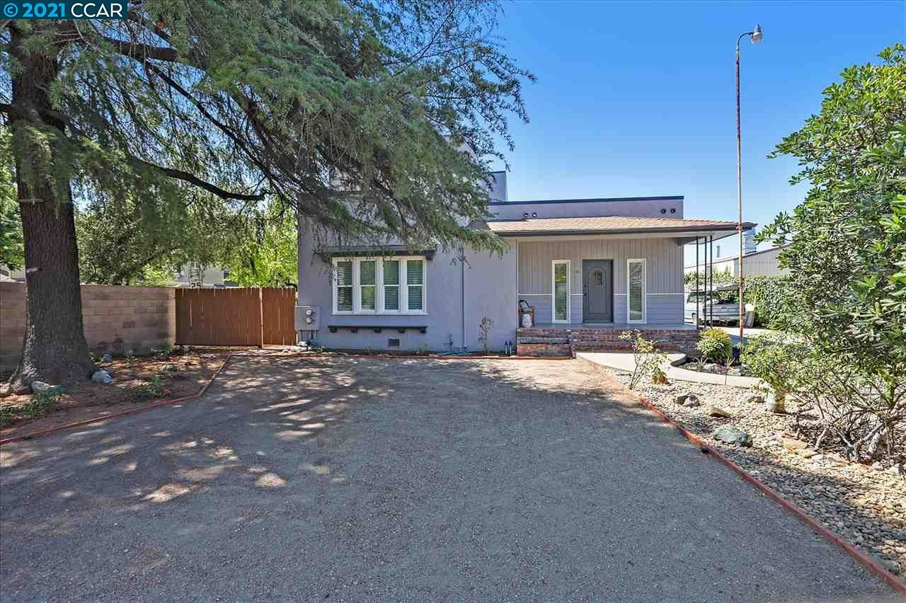 Photo of 48 Sycamore Ave, BRENTWOOD, CA 94513 (MLS # 40961552)