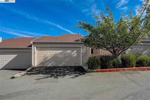 Photo of 411 Camelback Rd, PLEASANT HILL, CA 94523 (MLS # 40946556)