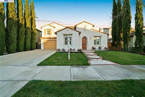 Photo of 7327 Balmoral Way, SAN RAMON, CA 94582 (MLS # 40939558)