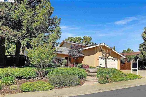 Photo of 2267 Hampton Rd, LIVERMORE, CA 94550 (MLS # 40947558)