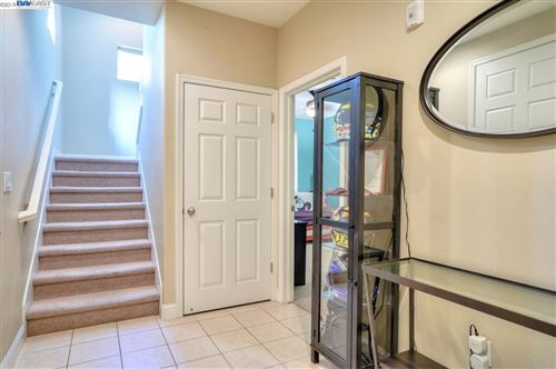 Tiny photo for 1274 Martin Luther King Dr, HAYWARD, CA 94541 (MLS # 40888560)