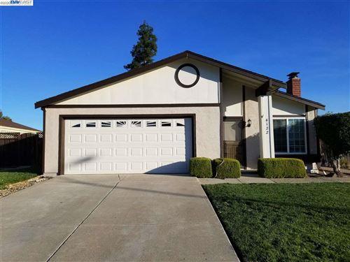 Photo of 4122 Bristlecone Way, LIVERMORE, CA 94551 (MLS # 40900560)
