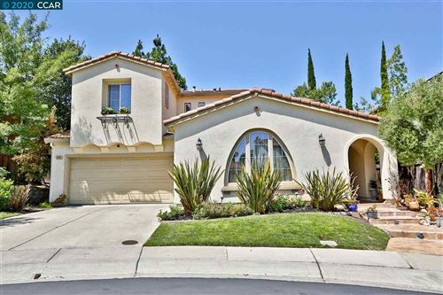 Photo of 1231 Mountain Side Ct, CONCORD, CA 94521 (MLS # 40914560)